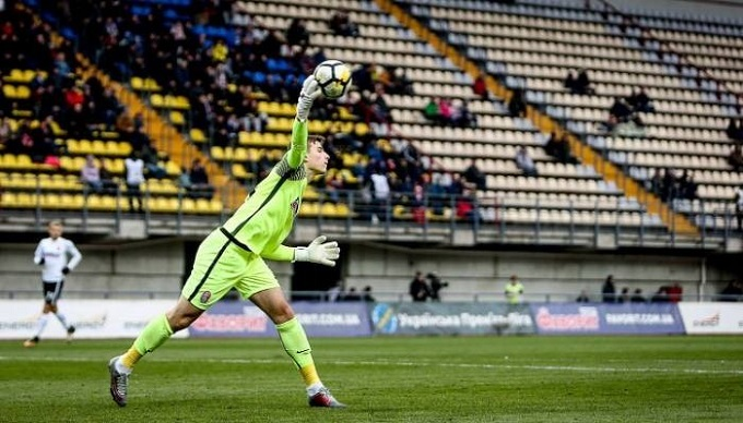 Клуб Примери планує купити голкіпера «Зорі» за2,5 мільйона євро