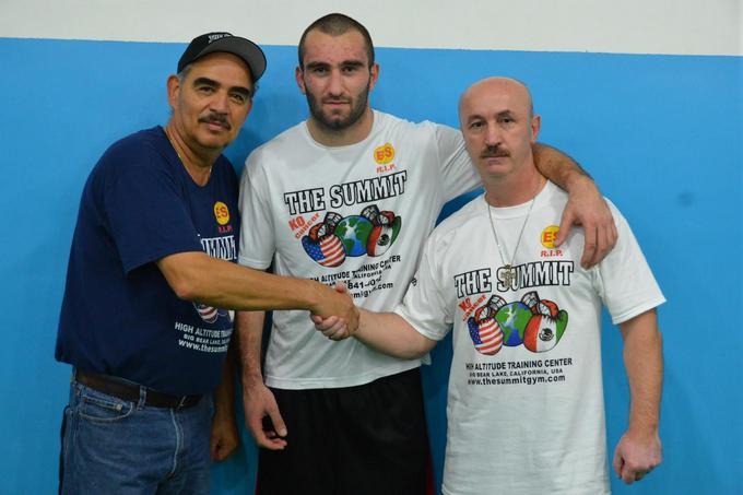 Два українських спортсмена потрапили вдесятку кращих боксерів світу