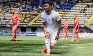 Караваєв стане гравцем Динамо