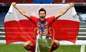 Левандовський - найкращий гравець року за версією ФІФА