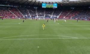 Відео дня. Нападник збірної Чехії забив фантастичний гол із центра поля