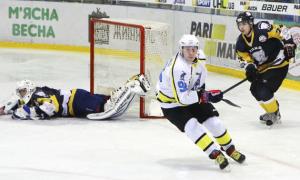 Херсонський Дніпро в результативній перестрілці обіграв Білий Барс. ВІДЕО