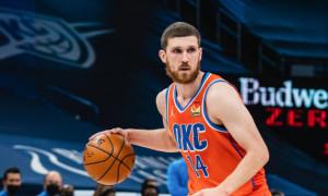 Оклахома з Михайлюком поступилася лідеру чемпіонату НБА