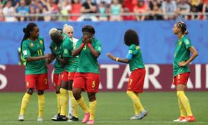 Футболістки збірної Камеруну звинуватили ФІФА у расизмі