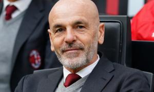 Мілан продовжив контракт із Піолі