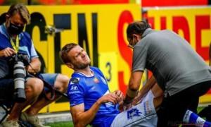 Пластун отримав жахливу травму після зіткнення з голкіпером Гента