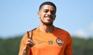 Агент Тайсона прибув в Україну для переговорів щодо переходу футболіста