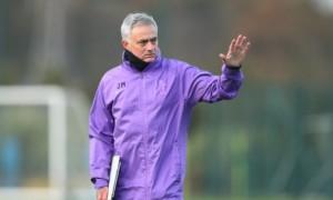Моурінью блокує трансфер Кейна у Манчестер Юнайтед