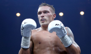 Колишній суперник Кличка назвав боксера, якого не зможе перемогти Усик