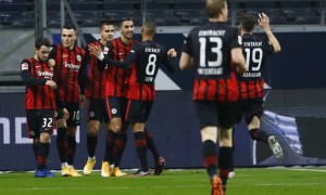 Айнтрахт втратив перемогу над Боруссією у 12 турі Бундесліги