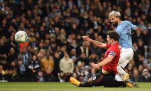 Манчестер Сіті поступився МЮ, але вийшов у фінал Кубка ліги