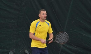 Шевченко продемонстрував навички в тенісі. ФОТО + ВІДЕО