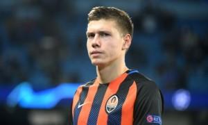 Шахтар підписав довгострокові контракти з Матвієнком та Хочолавою