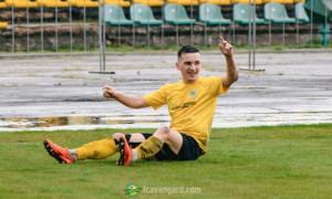 Хавбек Авангарду відіграв 50 хвилин у матчі Першої ліги з переломом ноги