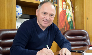 Ворскла продовжила контракт з Косовським