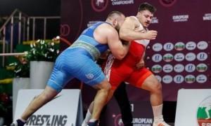 Українець на чемпіонаті Європи сенсаційно здолав чотириразового чемпіона світу