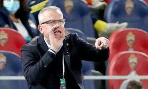 Головний тренер збірної Швеції заразився коронавірусом