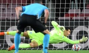 Нещерет зробив найкращий сейв Ліги чемпіонів за версією УЄФА