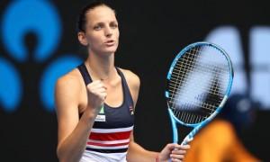 Плішкова перемогла Халеп на Підсумковому турнірі й пробилася у півфінал