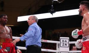 Рамірес переміг Хукера та об'єднав чемпіонські пояси