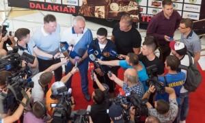 Далакян проведе захист титулу в Києві 8 лютого
