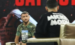 Ломаченко зустрівся з Лопесом на фінальній пресконференції