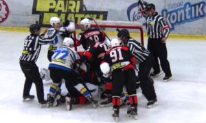 У матчі УХЛ відбулася масова бійка