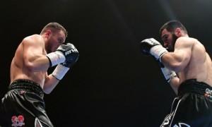 Бетербієв нокаутував Дайнеса і захистив титули чемпіона світу WBC та IBF