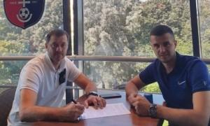 Верес підписав новий контракт з Віртом