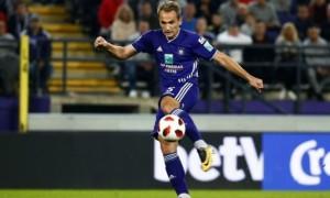 Макаренко відновився після травми і зіграв за резерв Андерлехта