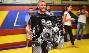 Ломаченко взяв участь в освяченні боксерського залу у Запоріжжі