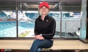 Усміхнена Світоліна поспілкувалася з журналістами напередодні старту на Miami Open