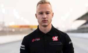 Експілот Феррарі Сало: Мазєпіну не місце у Формулі-1