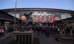 Барселона хоче пустити глядачів на домашній матч з Атлетіко