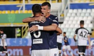 Кротоне у результативному матчі обіграло Парму у Серії А