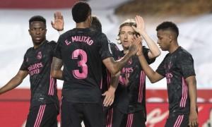 Реал розгромив Гранаду та наблизився до Атлетіко у Ла-Лізі