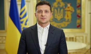 Чекаємо п'ятницю. Зеленський уже у новій футболці збірної України анонсував Євро-2020