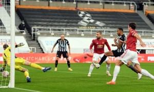 Манчестер Юнайтед вирвав перемогу у грі з Ньюкаслом у 5 турі АПЛ