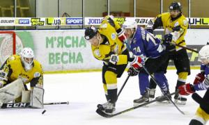Крижані Вовки обіграли Білий Барс у регулярному чемпіонаті