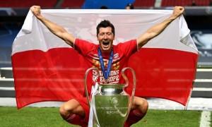 Левандовський - найкращий гравець року за версією Globe Soccer Awards