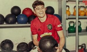 Манчестер Юнайтед презентував новачка