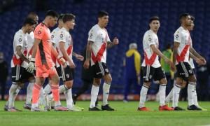 Аргентина зупинила усі футбольні змагання
