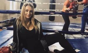 Дівчина дня: українська боксерка з 6 розміром грудей - Наталія Андріяш