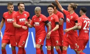 Аугсбург розгромив Шальке у 27 турі Бундесліги