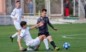 У чемпіонаті України  U-19 увесь матч у воротах відіграв номінальний захисник