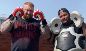Актор з Гри престолів дебютує у професійному боксі