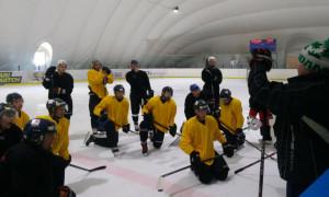 Білий Барс почав тренування на льоду