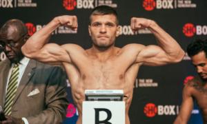 Дерев'янченко отримає рекордний гонорар за бій із Головкіним