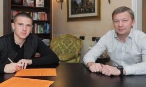 Шахтар продовжив контракт з Корнієнком