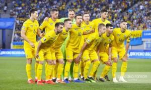 Читачі Чемпіона не хочуть бачити в збірній України представників чемпіонату Росії